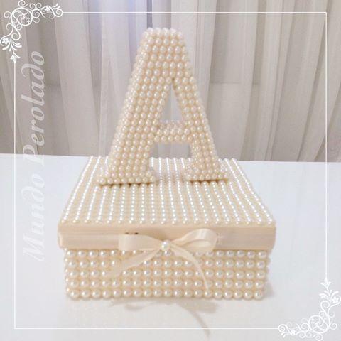 ✨✨ A ✨✨ #caixas #caixasdecoradas #caixasdeperolas #caixasperoladas #letrasdecoradas #letrasdeperolas #perolas #mundoperolado #ehsucesso