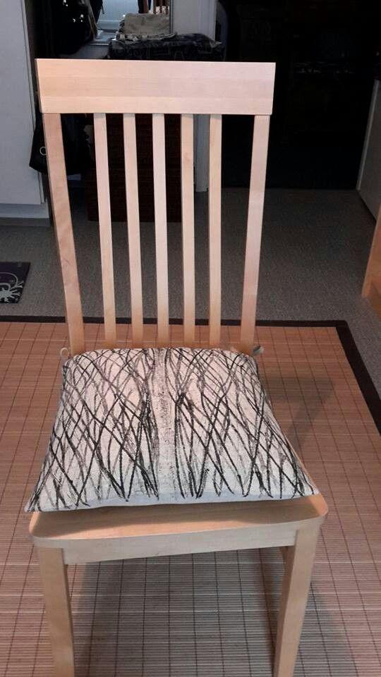 Istuintyyny kaulintekniikalla
