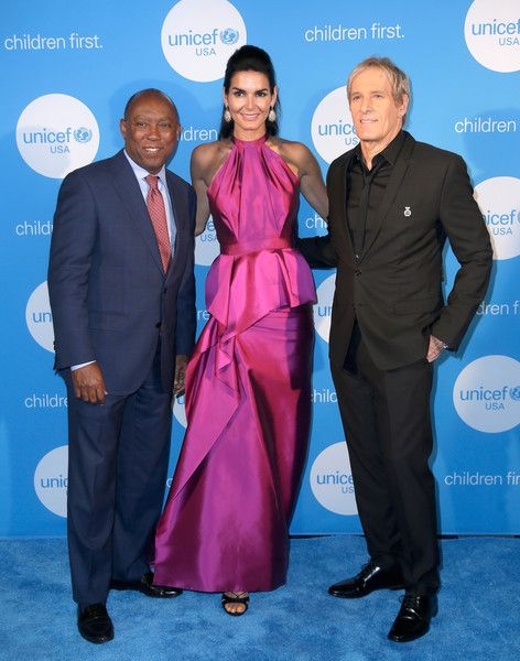 Angie Harmon Photos - Mayor of Houston Sylvester Turner, UNICEF Ambassador honoree Angie Harmon and singer Michael Bolton at the fourth annual UNICEF Audrey Hepburn® Society Ball on May 24, 2017 in Houston, Texas. - 2017 UNICEF Audrey Hepburn Society Ball