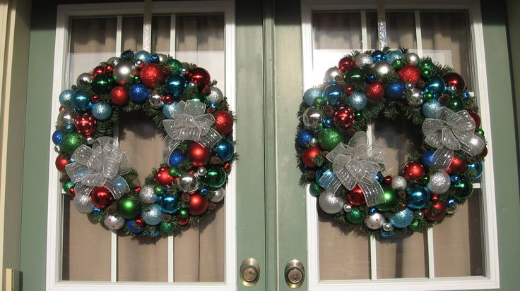 These colorful wreaths were 2 of 5 pieces purchased by Carolyn R.  Not sure about the color combos at first, but in the end, they came out gorgeous.
