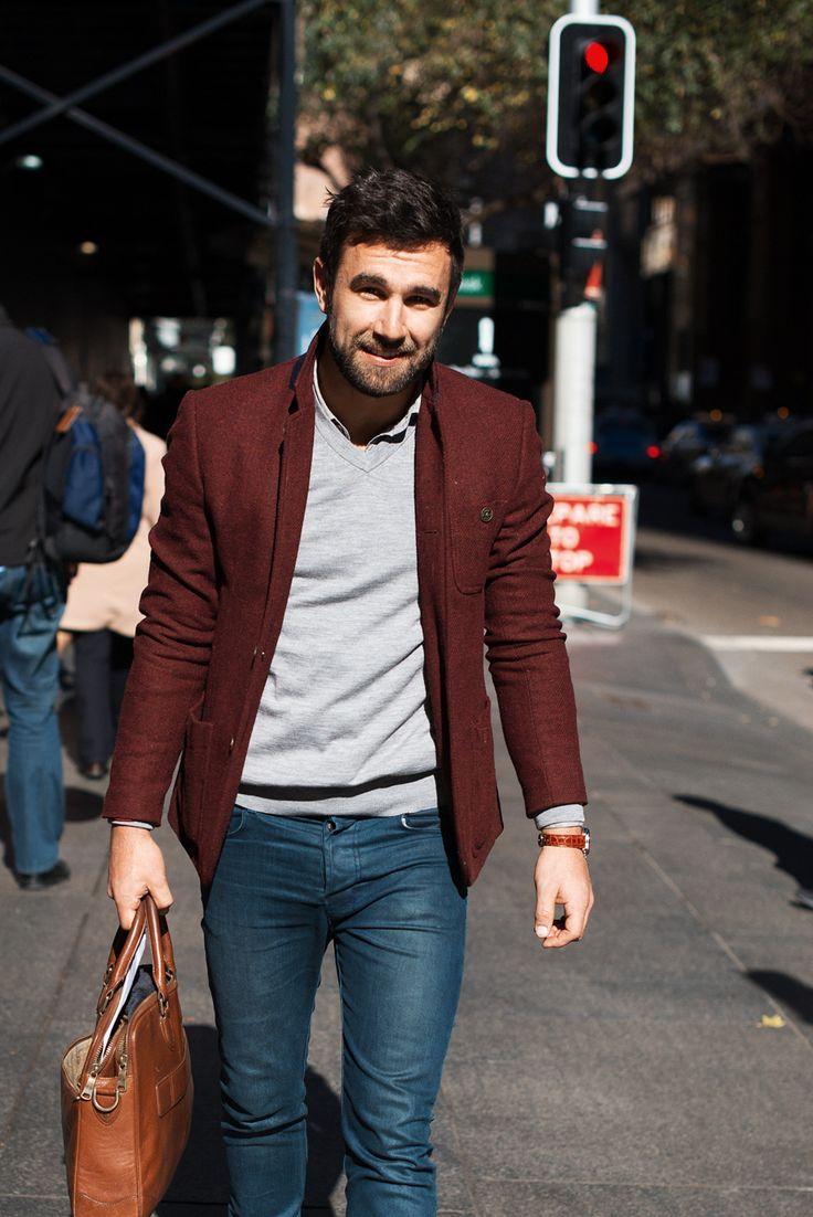 ジャケットとジーンズ(デニム)を組み合わせたおしゃれな着こなし