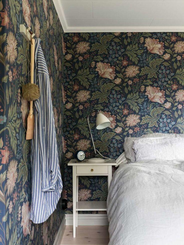 Bedroom |Wallpaper Ava | Sandberg Wallpaper