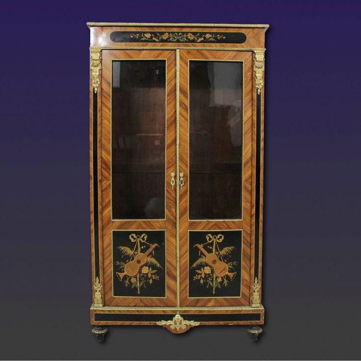 vetrina antica xix secolo Antiquariato su Anticoantico