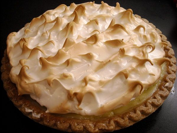 Homemade Lemon Meringue Pie-Have my own recipe, but got to remember to ...