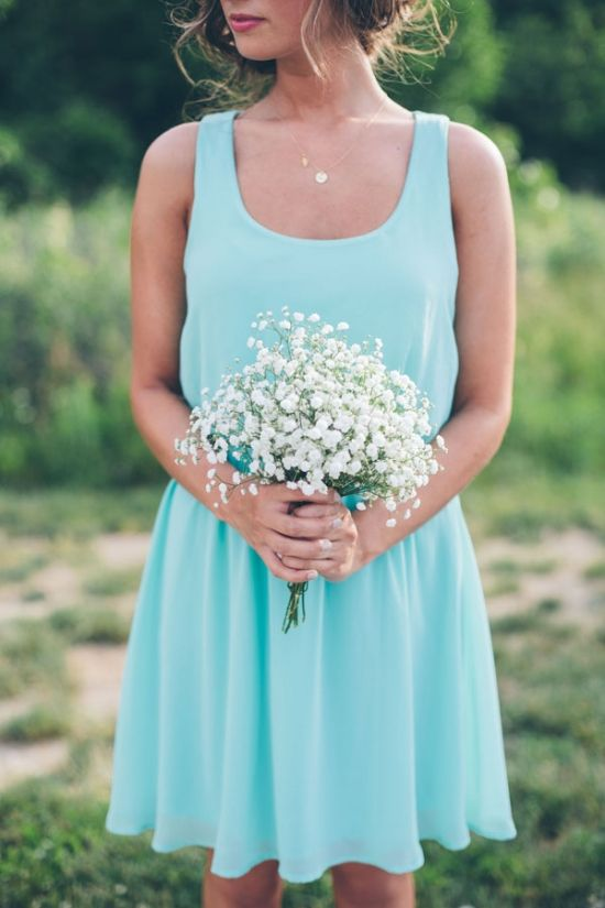 Rustic bridesmaid with baby's breath bouquet - Aqua Bridesmaid Dress -  #AquaWedding #TheBouquet