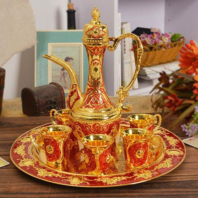 New gloss metal banhado a ouro conjuntos de chá de café vinho copos definido para casamento ou festa liga de zinco 1 conjunto = 1 placa + 1 pot 6 copos
