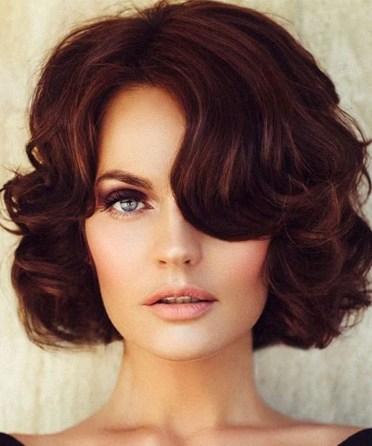 Short Hairstyles for Christmas 2018 – the New Year Short Haircuts Ideas