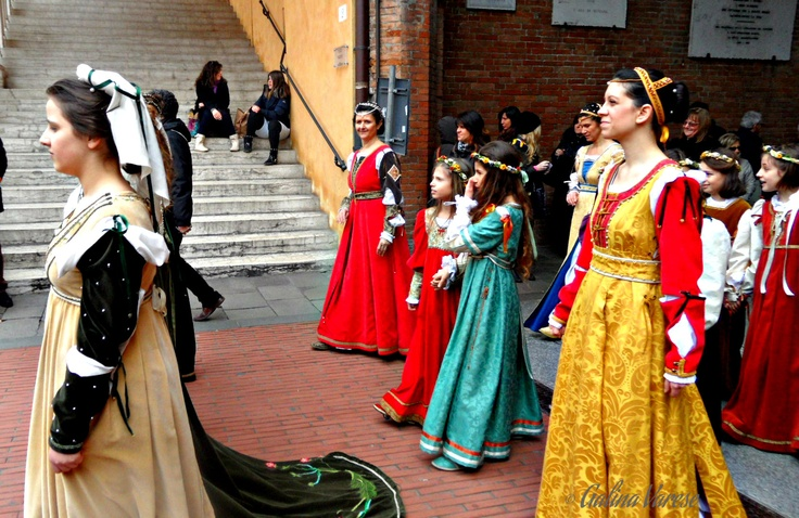The procession at the palio rehearsal