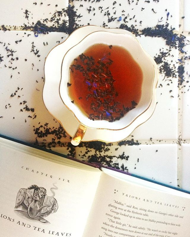 I really wish there was a way for you all the smell these tea leaves. They smell so amazing (and taste fabulous too). Early grey has been my cuppa of choice lately. Though I do love a good chai.  Tag: #booksandtea