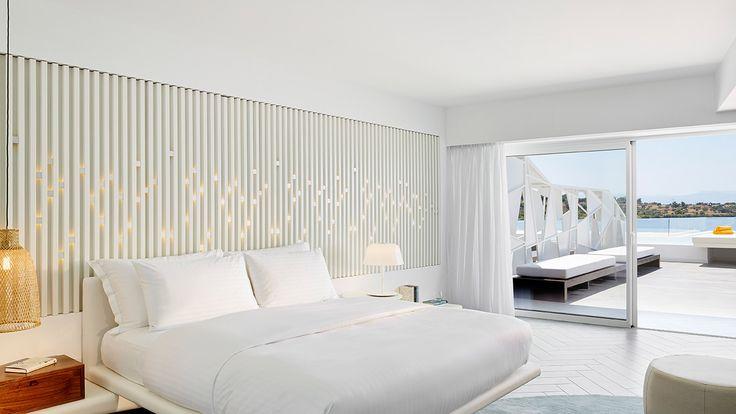 Nikki Beach Hotels & Resorts (Πόρτο Χέλι). Ξύλινες ειδικές κατασκευές, κατασκευή κρεβατιών και έπιπλα για τα δωμάτια του Nikki Beach Hotels & Resorts στο Πόρτο Χέλι.