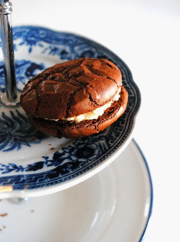 Brownie cookies & peanut cream cheese-frosting eller chokladkakor med frosting.