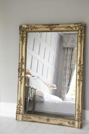 large mirror, mirror on floor, giant mirror, interior, ideas, decoration, spiegel, grote spiegel, vloer, interieur