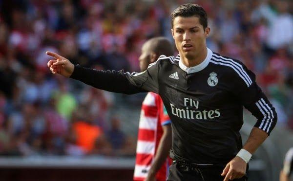Ronaldo Tambah Koleksi Dua Penghargaan | AlbarruNews