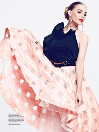 Belinda posó hermosa y muy chic para la revista Marie Claire/México