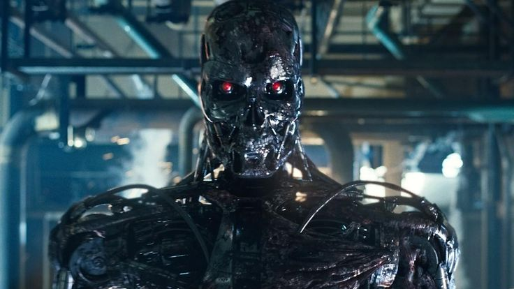 "Arnold Schwarzenegger Will Be Back in ""Terminator 5"" & More"