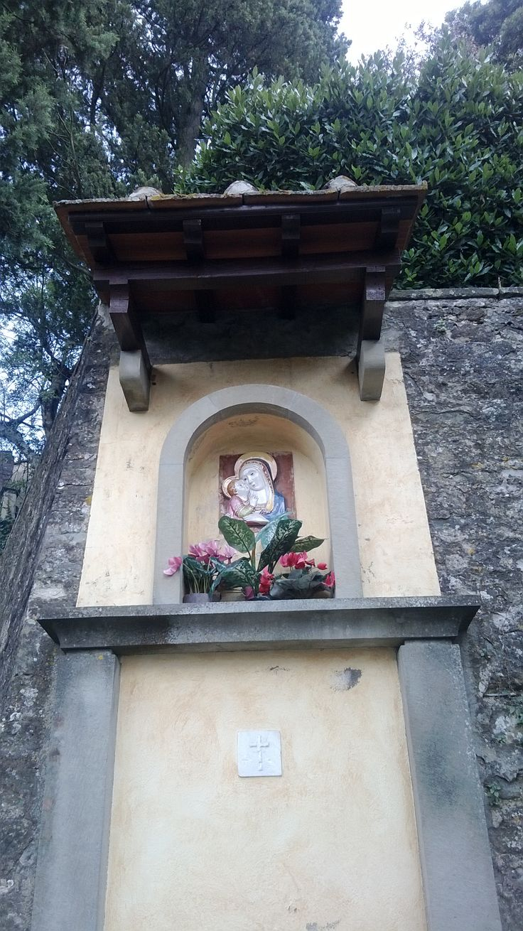 Madonna and Child by the road, Fiesole.