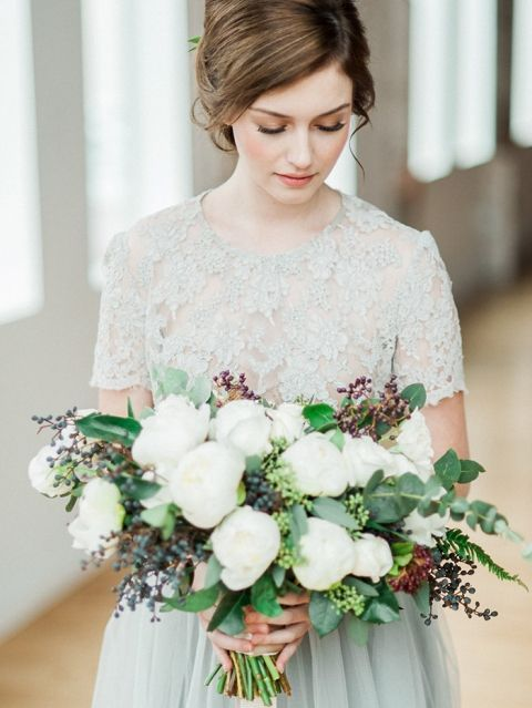 Gray+Lace+Wedding+Dress+with+a+Green+and+White+Bouquet