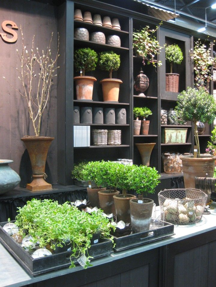 Best 25 garden shop ideas on pinterest - Garden decor stores ...