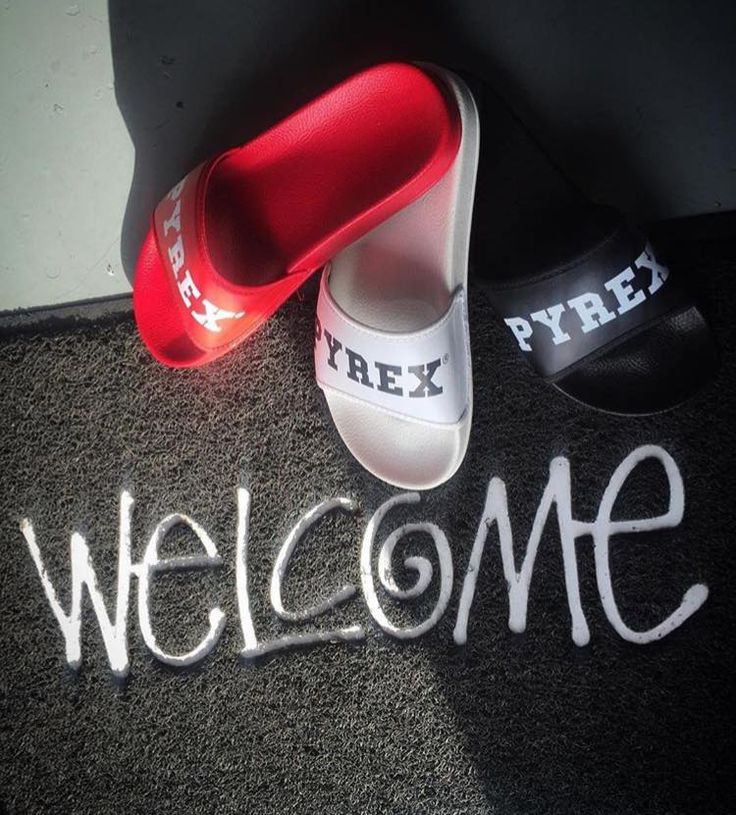 PYREX SLIPPERS #new #collection #springsummer16 #pyrex #pyrexstyle #slippers #nothingbetter #pyrexoriginal #colour #forsummer #welcome #instores