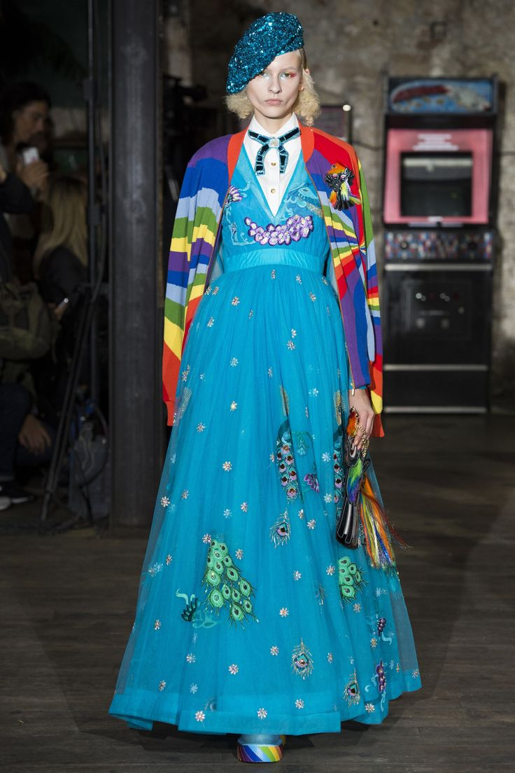 See the complete Manish Arora Spring 2017 Ready-to-Wear collection.