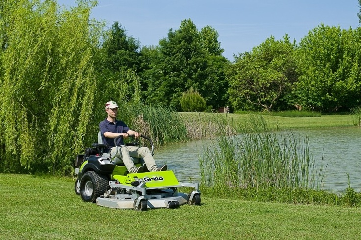 The Grillo FX 20 Zero Turn has been further enhanced by the addition of a 27hp Briggs & Stratton Professional series engine.