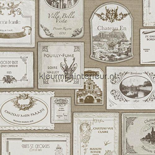 Wijn etiketten behang SD3002, Splendour van Hookedonwalls