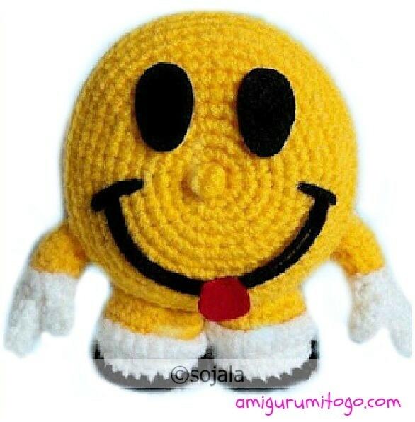 Amigurumi To Go: Smiley Face Free Crochet Pattern Video Tutorial