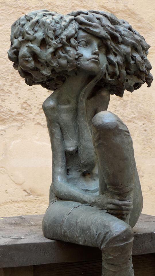Valérie Hadida sculpture