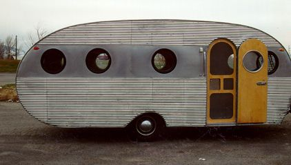 1955 Airfloat Navigator, trailer camper rv caravan...I love this!  Wish we could find one like this and travel the country!