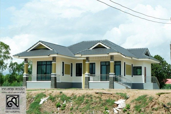 Wow That Rambling One Storey Elevated House Cool House Concepts House Plan Gallery Affordable House Plans House Layout Plans