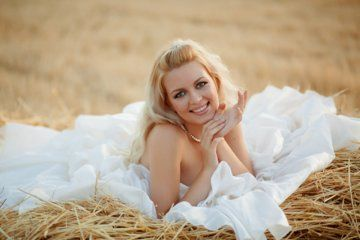 Cowgirl Bridal Gown | Cowboy Wedding: Western Style Wedding Dresses and Theme