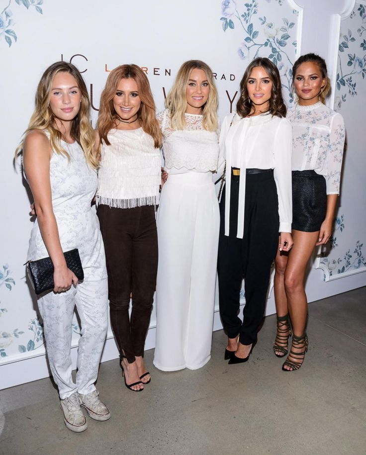 Lauren Conrad (c.) had an army of star-studded celebs supporting her as she…