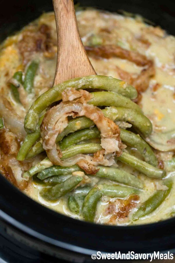 Crockpot Green Bean Casserole Sweet And Savory Meals Recipe In 2020 Green Beans Bean Casserole Green Bean Casserole