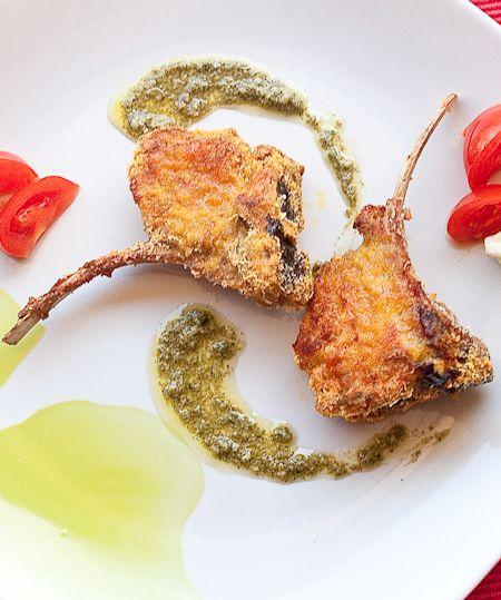 costine di agnello impanate al parmigiano con salsina alla menta (al forno) #recipe #juliesoissons
