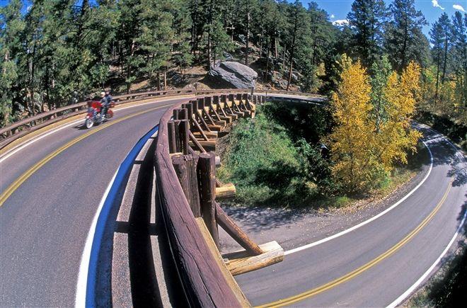 Pigtail bridges on Iron Mountain Road in the Black Hills.Dakota Multimedia, Births South Dakota, Birthsouth Dakota, Iron Mountain, Exploration South, Dakota Tourism, Beautiful Places, Mountain Roads, Beautifull Places