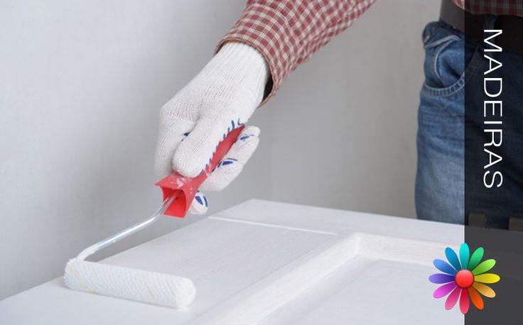 Veja neste artigo, um esquema simples, com os passos que se devem dar para pintar madeiras com tinta de esmalte. Pintar Madeiras com Tinta de Esmalte Superfícies Novas Especiais Superfícies Novas Gera