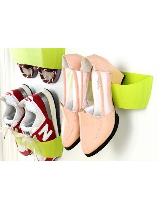 """Держатель для обуви настенный """"Модуль"""" - легкая конструкция, которая удержит пару обуви на вертикальной поверхности, например на стенке или дверце шкафа. Держатель для обуви """"Модуль"""" устанавливается с помощью самоклеющегося крепления на любой гладкой и сухой поверхности. Размер: 25*8*6 см. Вес: 70 гр. Количество ячеек: 2 Самоклеящаяся лента входит в комплект. Инструкция на русском языке. Разреш. док.: Информационное письмо № 338, от 03.03.2016 г."""