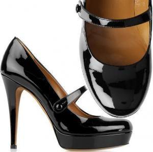 Como cuidar dos sapatos de verniz