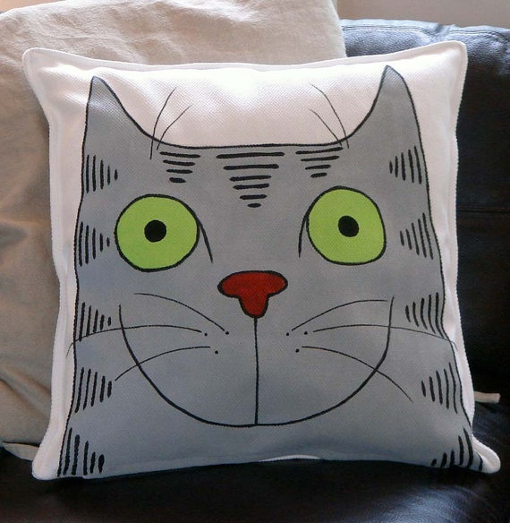 Jual Throw Pillow : 1000+ images about Tigers on Pinterest Tabby cats, Canvas backpacks and Cats