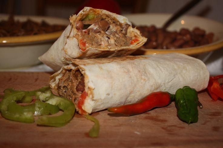 Lipie cu fasole și carne de vită cu ceapă - Gust și Aromă