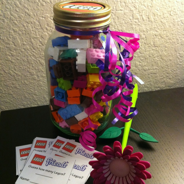 LEGO Friends Party Game - Guess How Many Legos- Winner gets the jar or winner gets a small set?