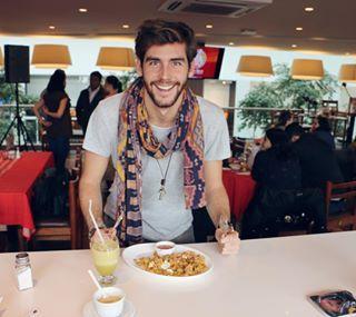 Zumo de Naranjilla y Tigrillo para desayunar!! Empezamos bien Ecuador!