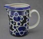 Arabia Saara series milk pitcher (maitokannu), Anja Jaatinen-Winqvist, 1971-76: 16 cm high x 11 cm, 970 g. 150€