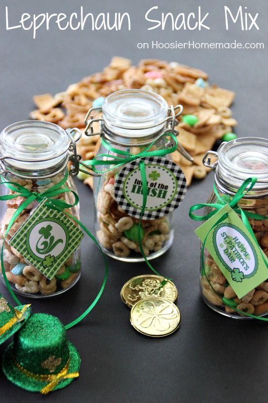 Leprechaun Snack Mix | Recipe on HoosierHomemade.com