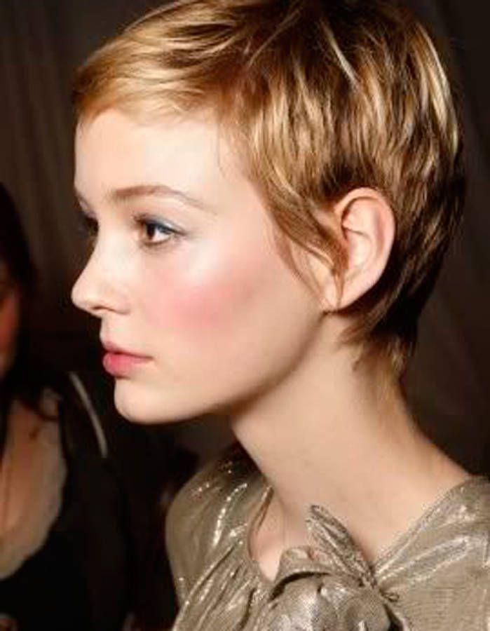 17 meilleures idées à propos de Cheveux Courts sur Pinterest ...