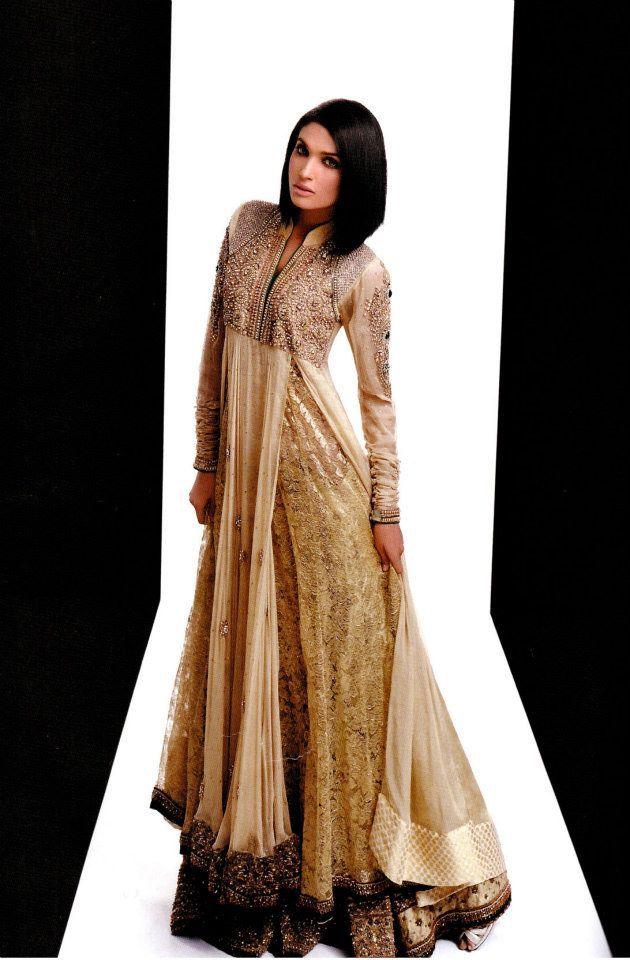 Hina Khan (check facebook)    I want this. <3