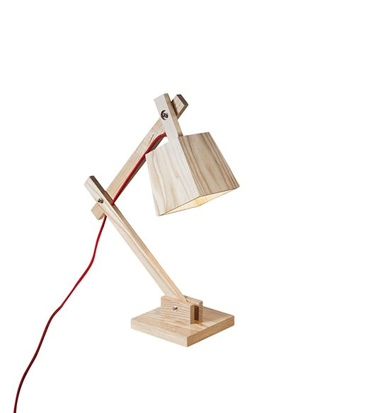 Een stoere houten bureaulamp voor op het nachtkastje of op een bureautafel. Leuk om je interieur wat sfeer te geven met een uniek tafellamp! Dankzij de moderne verlichting, het ruwe hout en de schroeven die duidelijk zichtbaar zijn creëer je met de houten tafellamp een mooi contrast. ✓ Snel en veilig betalen ✓ Verzending via PostNL ✓ 1-2 werkdagen levertijd ✓ Snel antwoord op je vragen via WhatsApp