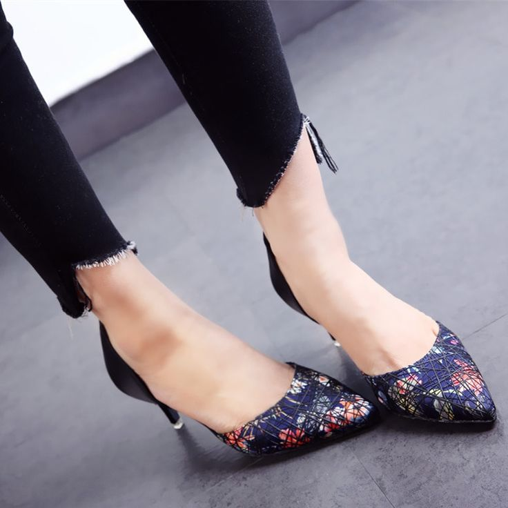 """😳 😳 😳 $37.50,  Women's Floral Print Pointed Toe  Thin Heels D'Orsay Pumps Use code """"LADYSTO"""" to get 15% OFF & one FREE chic socks. from @ladystoofficial. . . .  😳 😳 😳 Forever 21 Heels Timberland Size 10 Duck Boots Best Gifts Peep Toe Running Shoes Lacoste Sperrys Vector Collection Nike Free Hair Loss Ankle Boots Ankle Strap Sexymilf Rings Wigs Loafers Hiking Spring Website Christmas Gifts Summer Dresses Wide Shoes Best Ankle Steampunk Classy Ecco Shoes 😳 😳 😳 @ladystoofficial…"""