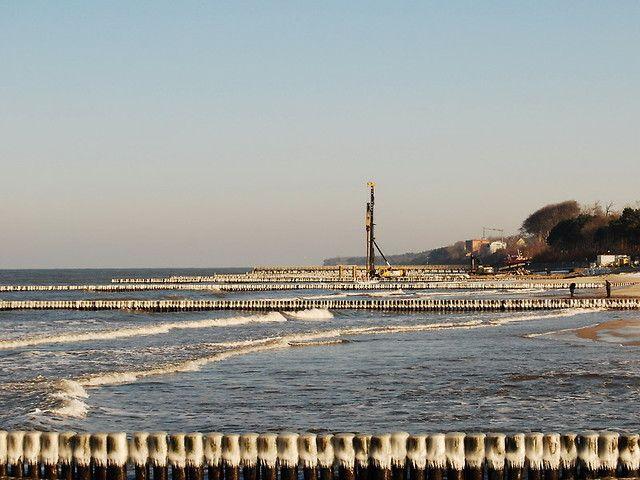 Budowa mola w Ustroniu Morskim
