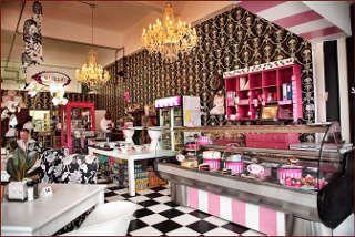 The best pastries in PTA ~ espcially with Ka and Kaylee!! Picture Isabellas Cake & Food Shop @ Waterkloof in Waterkloof, Pretoria East, Pretoria region / Tshwane, Gauteng, South Africa